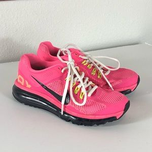 Girls Nike Air Max waffle skin shoes size 5.5Y